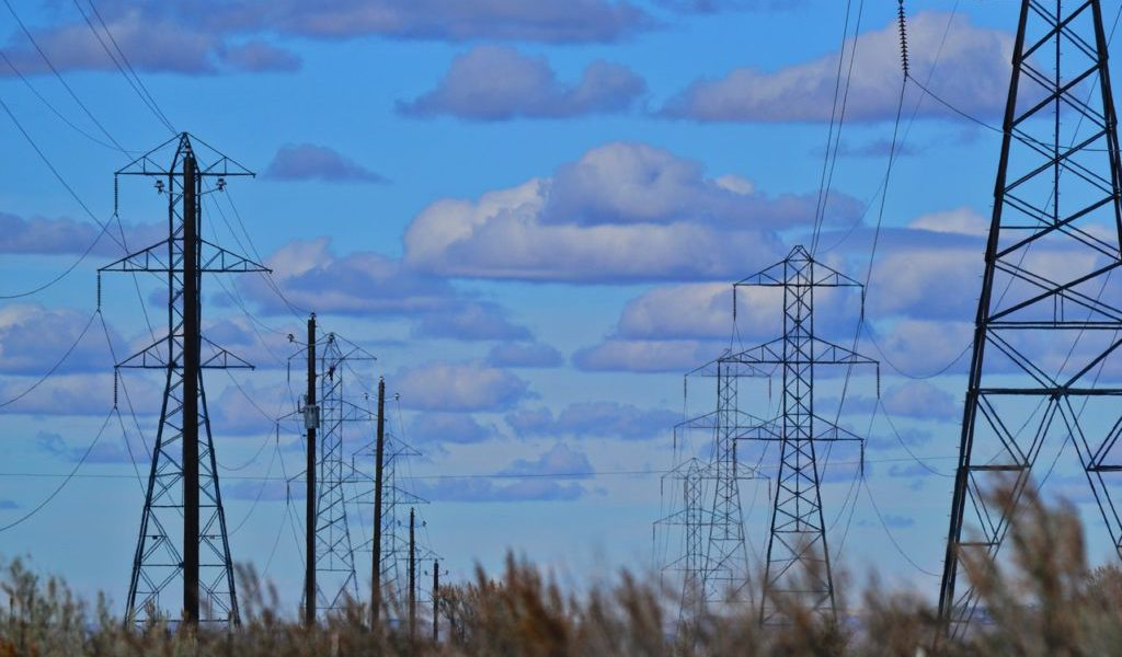 clouds-electric-electricity-918986-1024x682
